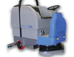 pulizia pavimenti con motospazzatrici