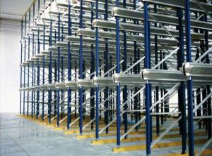 scaffali metallici per industrie
