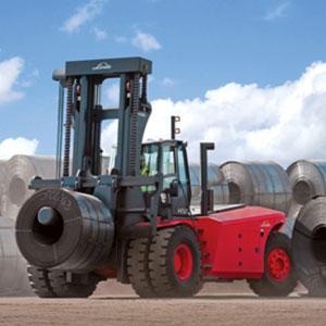 carrelli grossa portata e carrelli elevatori per carichi pesanti