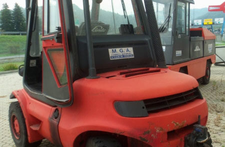 carrelli elevatori usati diesel Asti