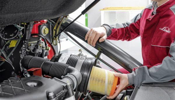 manutenzione carrelli elevatori normativa