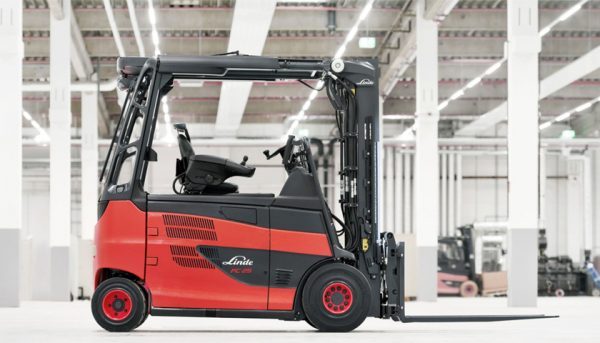 carrello linde roadster trasmissione a celle a combustione